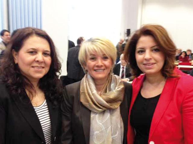 Drei Akteure in der Integrationspolitik Gülistan Yüksel (IR Mönchengladbach), Zülfiye Kaykin (Staatssekretärin), Demet Arslanbas Özkesemen(IR Würselen) (Foto: Gülistan Yüksel)